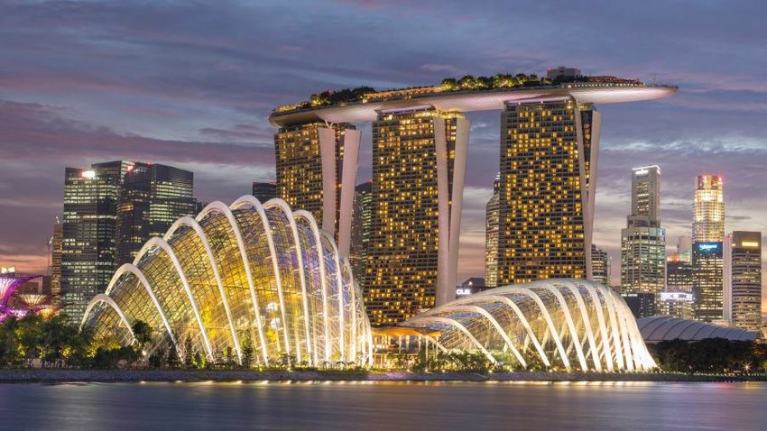 Advantage of set up company in Singapore