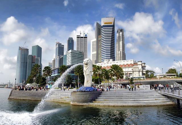 Singapore economy grows